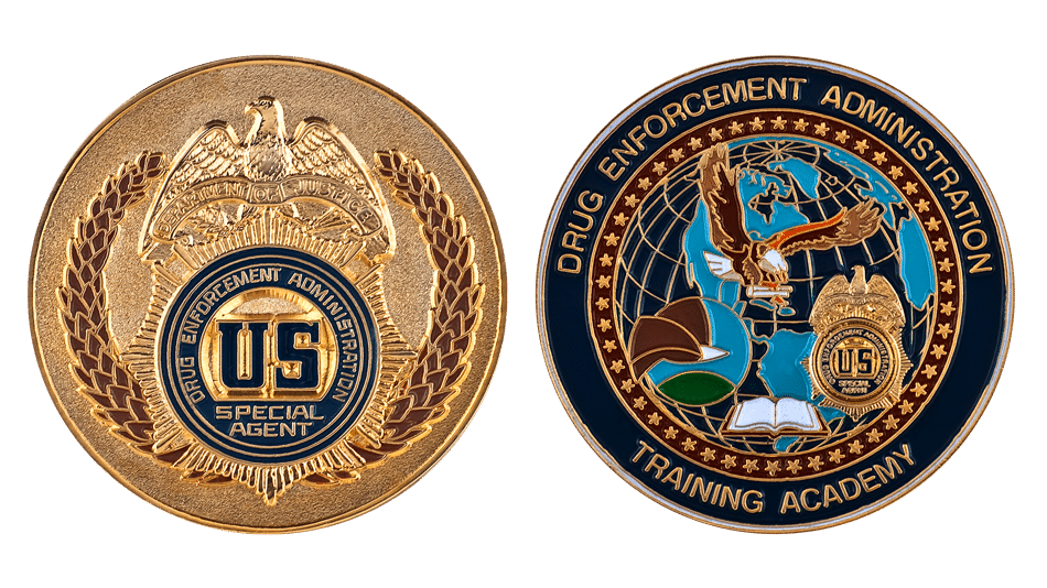 What are challenge coins and the different types of custom coin?